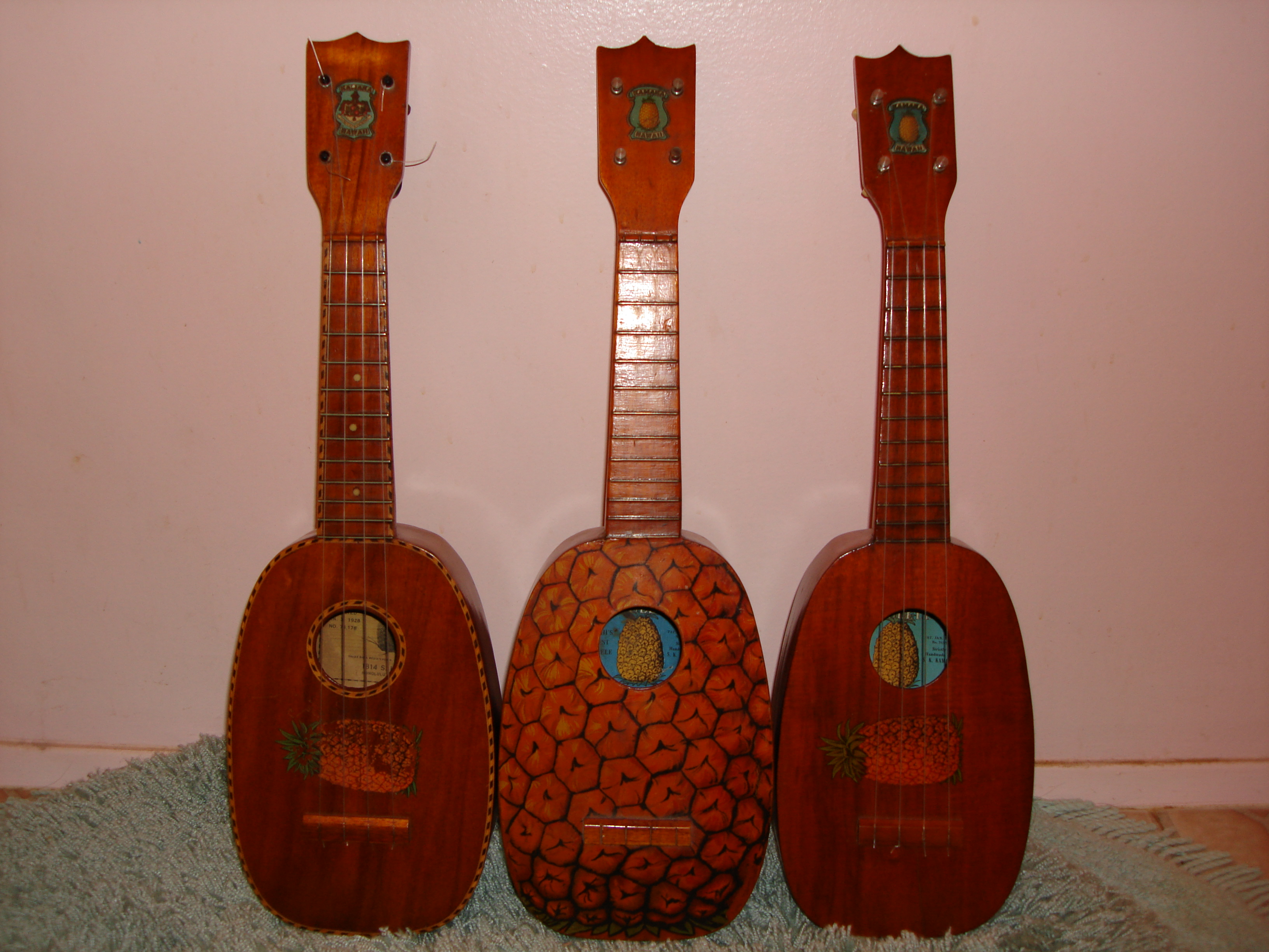 Dating kamaka ukulele